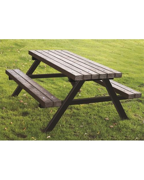 ECOnomy-Picnic-Table