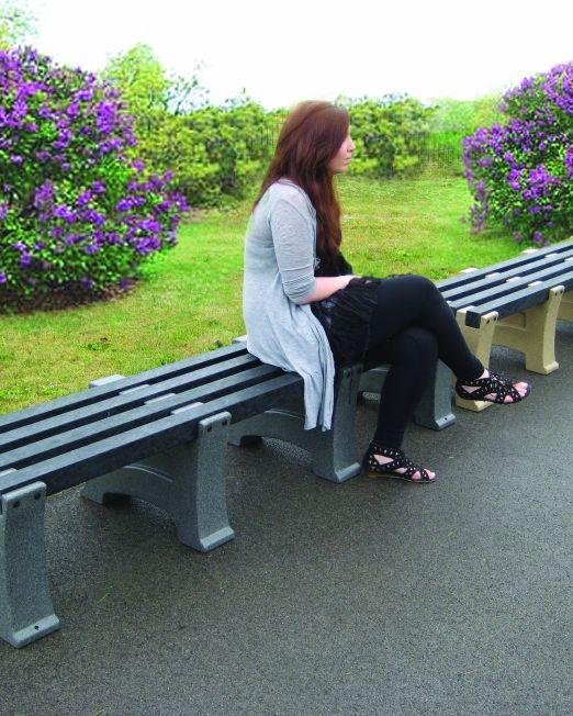 Hazel bench GG207