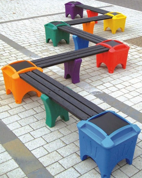 Snake-Bench